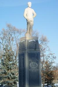 Saskatoon Memorial to WWI Fallen Footballers Front Statue