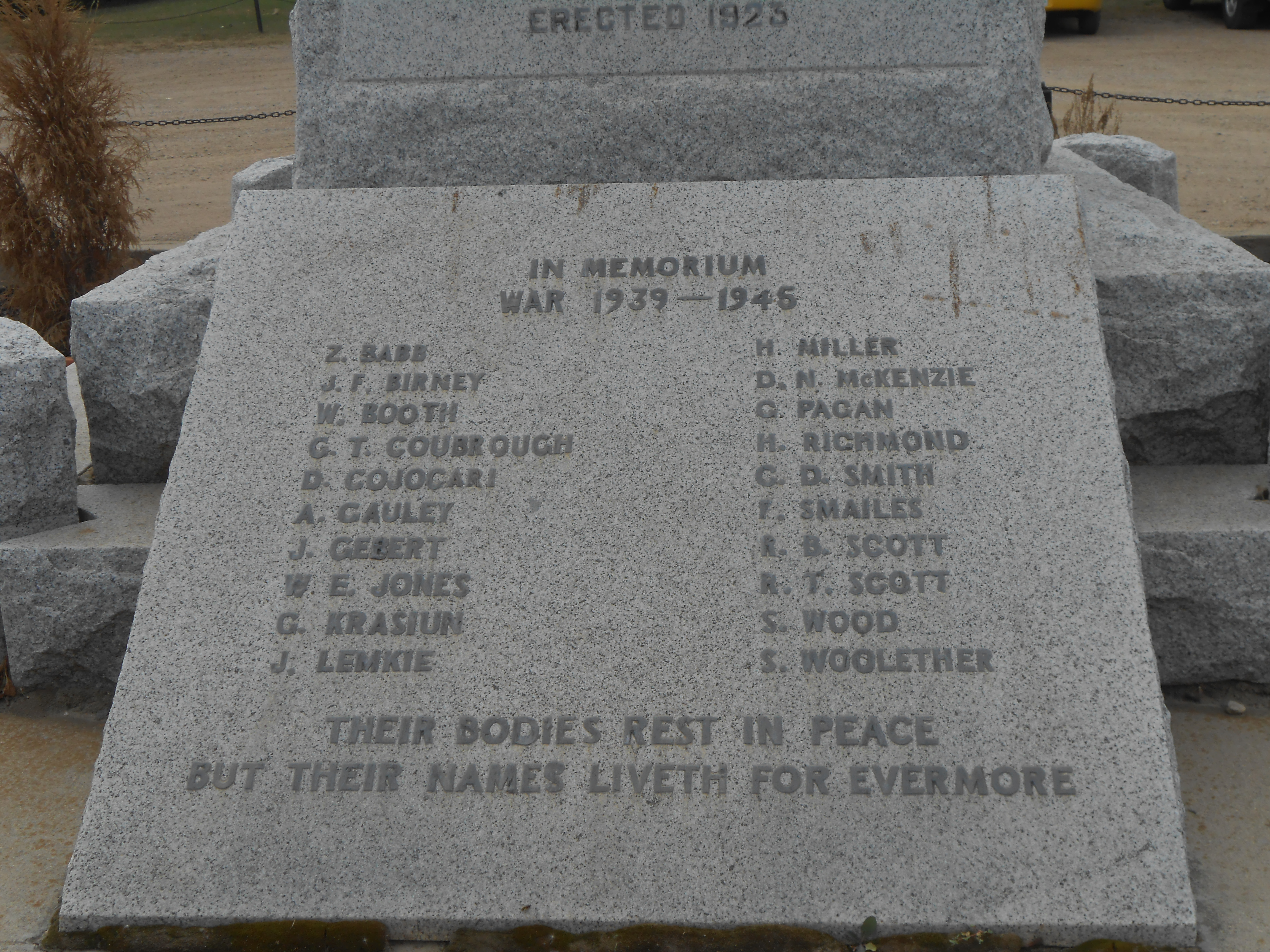 Ogema, Saskatchewan Cenotaph, World War I and World War II