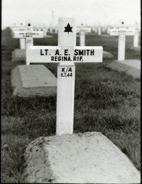 E A Smith Grave